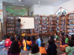Storytelling activity at the library
