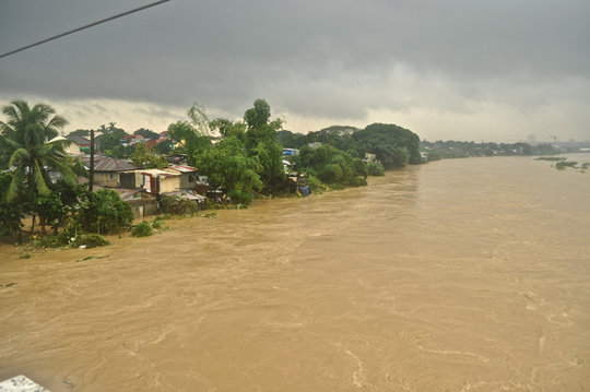 The Marikina River left 40 families trapped - they were rescued by rescue boats you helped fund!.jpg