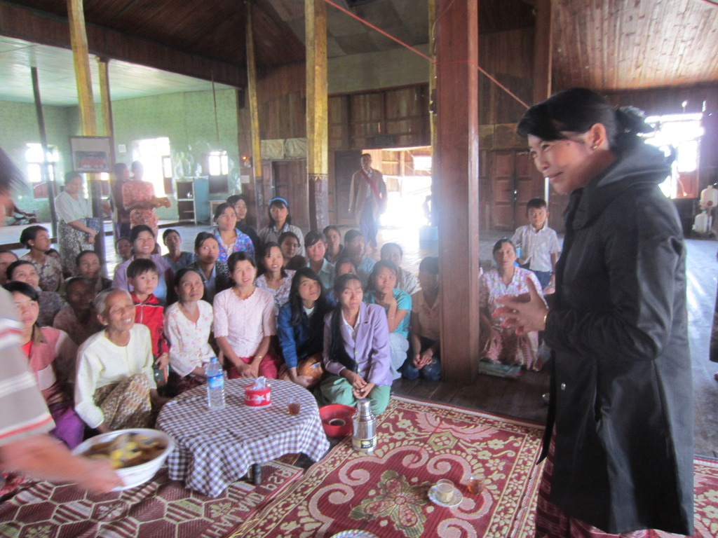 Representative of GCSF Meets and Trains Villagers