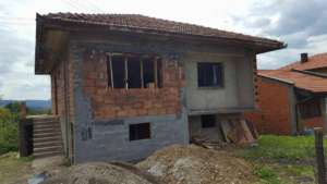 house before remodelling