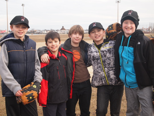 Help youth baseball leagues impacted by Sandy
