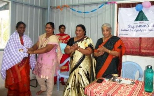 Coaching 100 children in India to continue studies