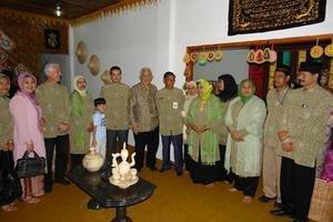 Helping Artisans in Tsunami-stricken Aceh