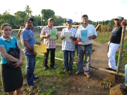 CAPS members from Cruz Verde