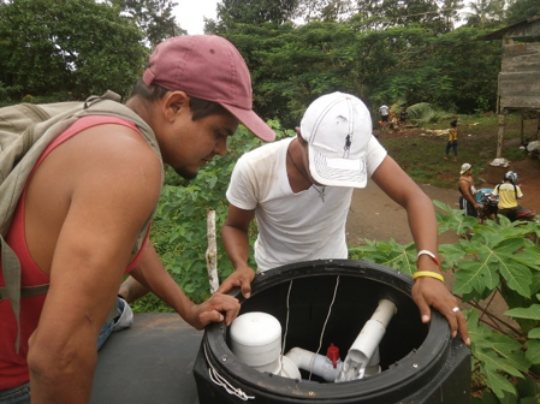 Finally! Safe drinking water for school children in Marlon Zelaya!