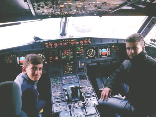 Ahmed and Aysar get to see the cockpit!