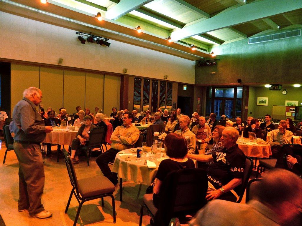 Israeli Author Amos Gvirtz speaking in Palo Alto