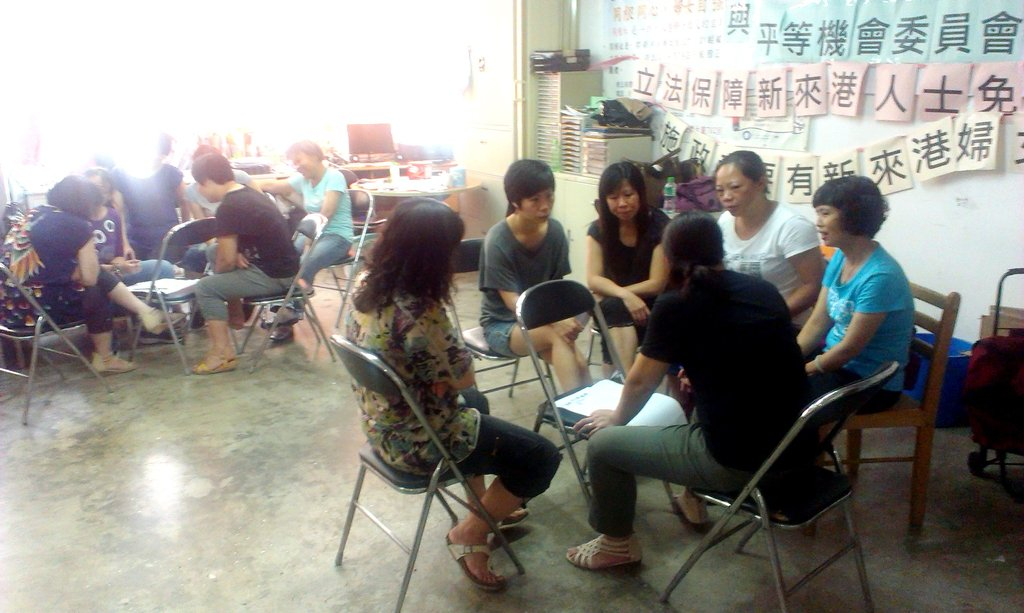 Discussion during training of new immigrant women
