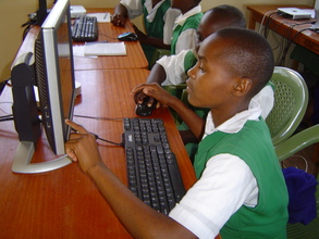 Students from Miondoni PS during an LRC visit