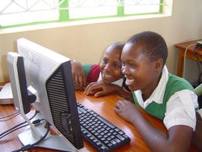 Students from Mavitini PS during  LRC visit