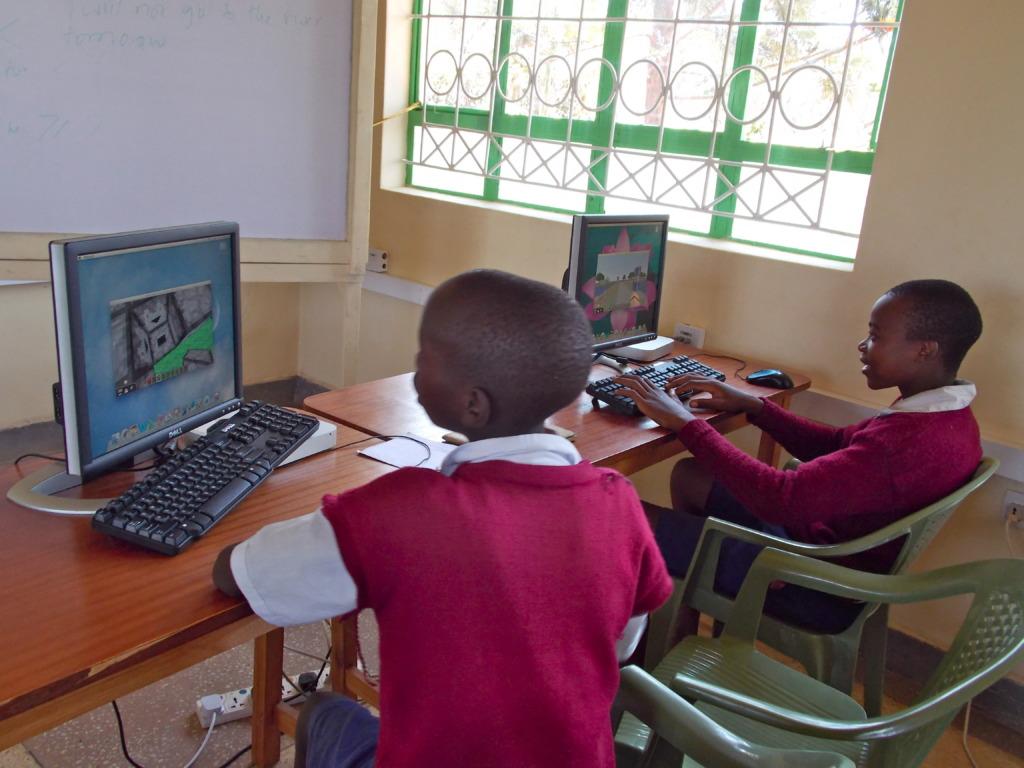 Students build an utopian village using Minecraft