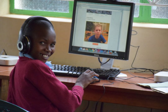 Makaalu student watches a video from their partner