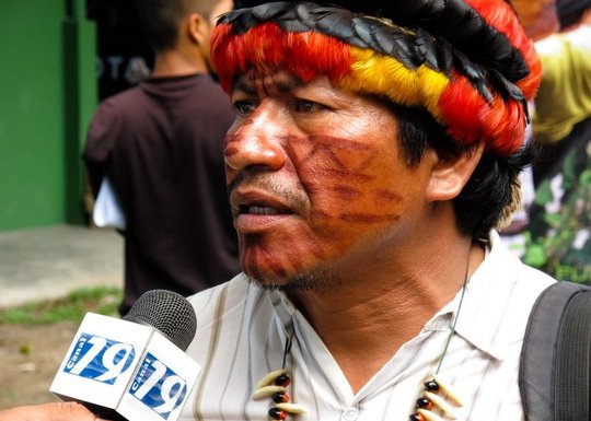 Quechua leader speaking truth the the press