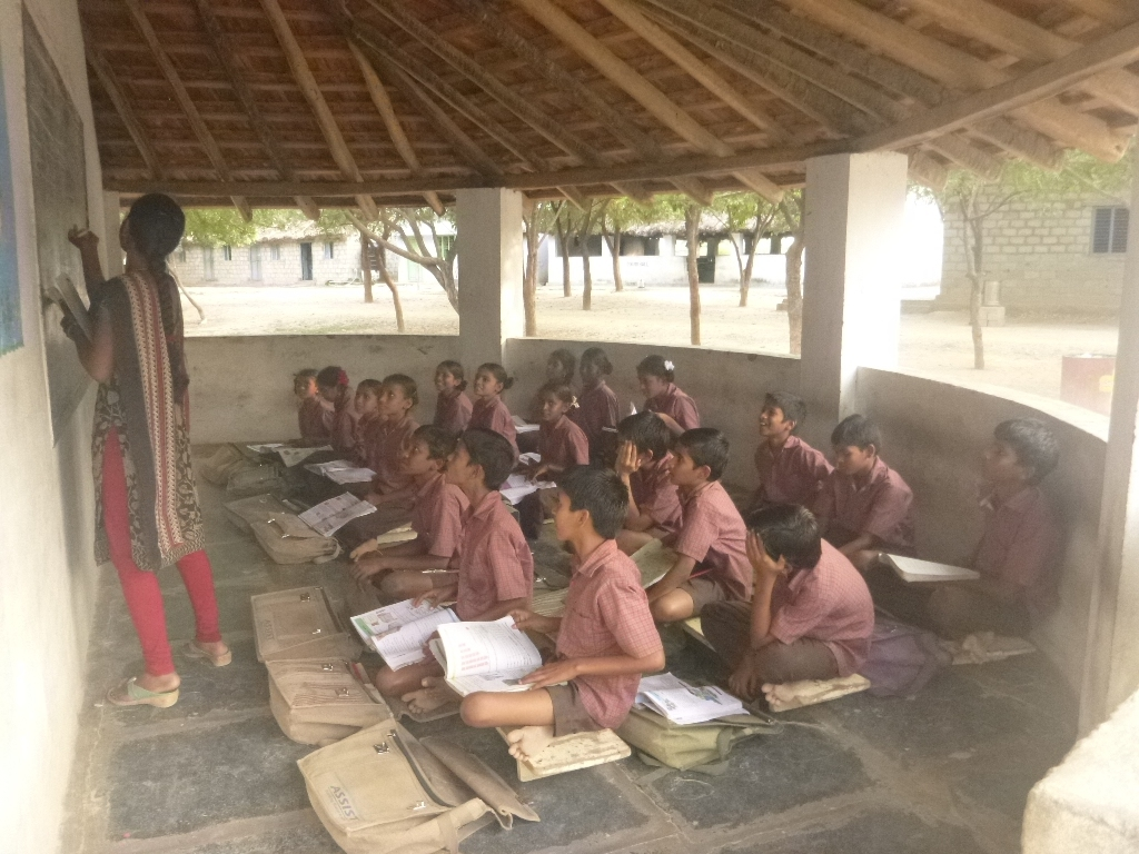 Children are studying in the class room