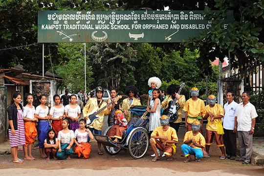 The Hanuman Team outside KCDI photo by Rosenberger