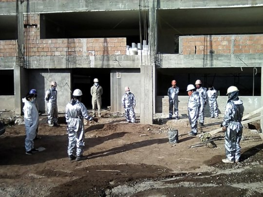 Construction Workers back to work-CoVid protection