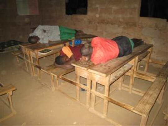 Egu students sleeping on their desks