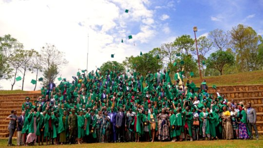 The Class of 2019, Isonga Grade