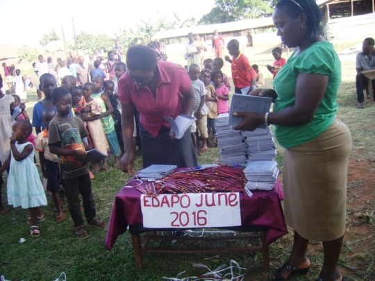 Distributionof books to orphans