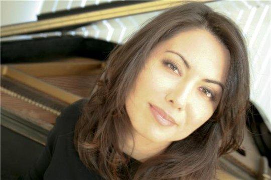Special Guest Artist-in-Residence, Lisa Maresch