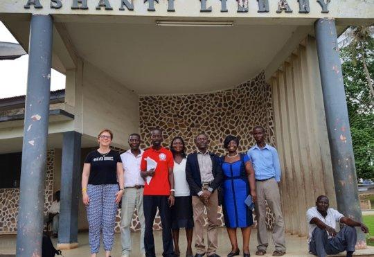 Ashanti regional librarians with the EIFL team.