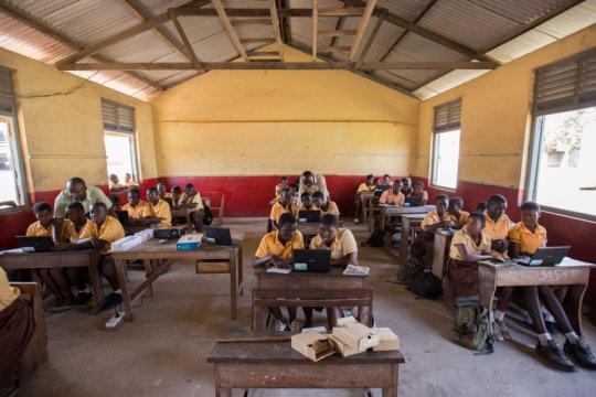 First computer class at Archbishop Amissah JHS.