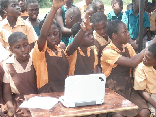 Hands on computer classes for 1,800 Ghana children