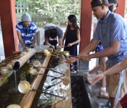 Visiting the Kotoku-in Temple in Japan