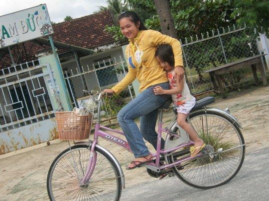 40 Bikes for 40 Girls