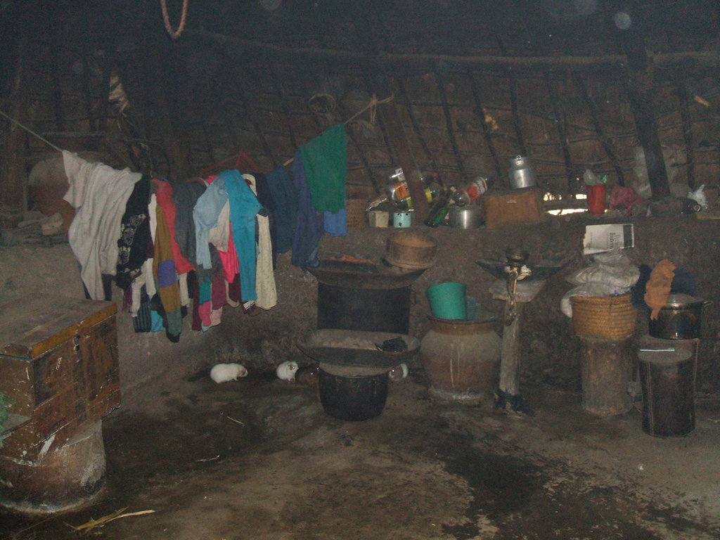 A new home for 20 poor Andean families in Ecuador