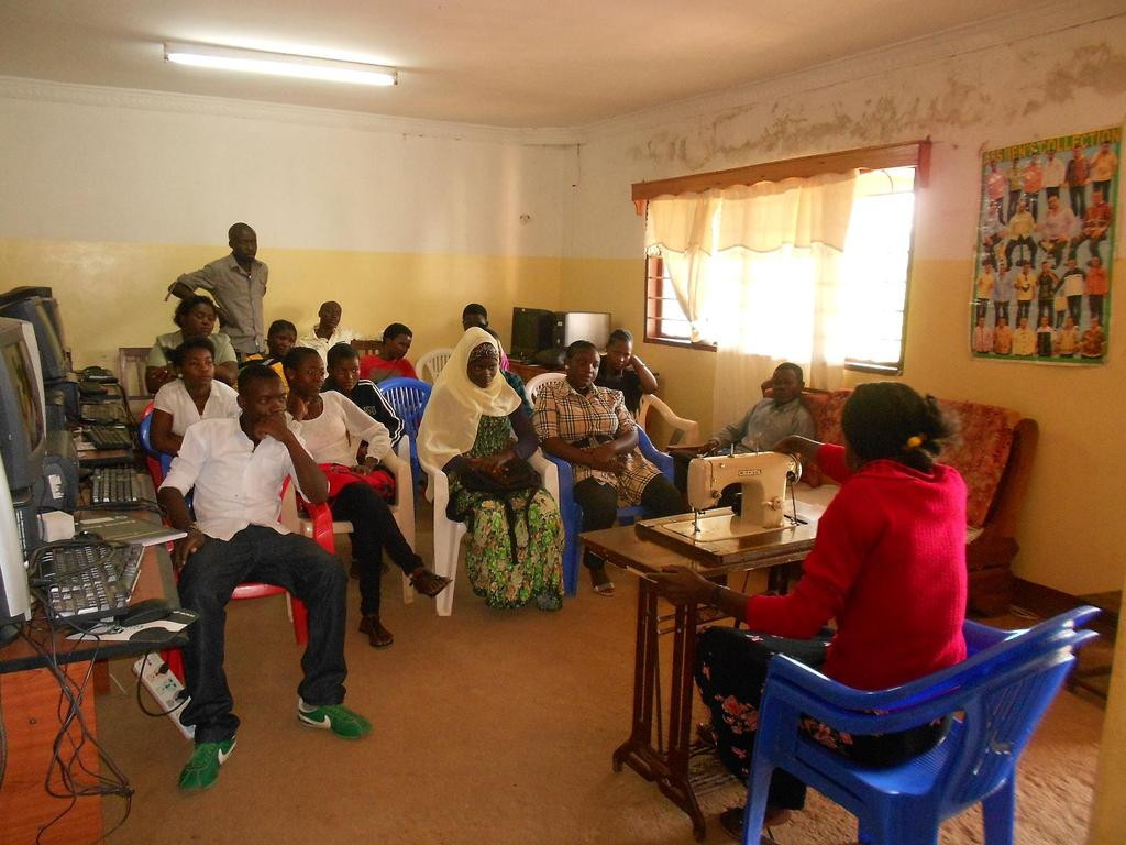 Youth in tailoring training activities