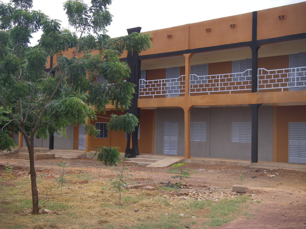 New classrooms for more students at Lycee Moderne de l