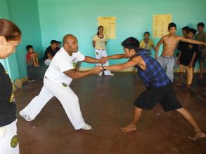 Capoeira ! Hold my hands my friend !