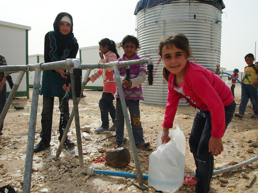 picture of children in Syria