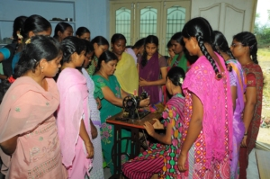 Adolescents are being taught stitching cloths