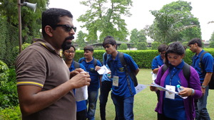 Dr. Modi explaining during the field to students.