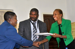 Zambia Country Director delivers certificates
