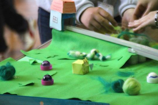 A girls-only team made an artistic apparatus