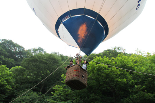A hot-air balloon experience (2012 summer)