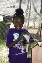 Jaylyn learns cats like to play too !