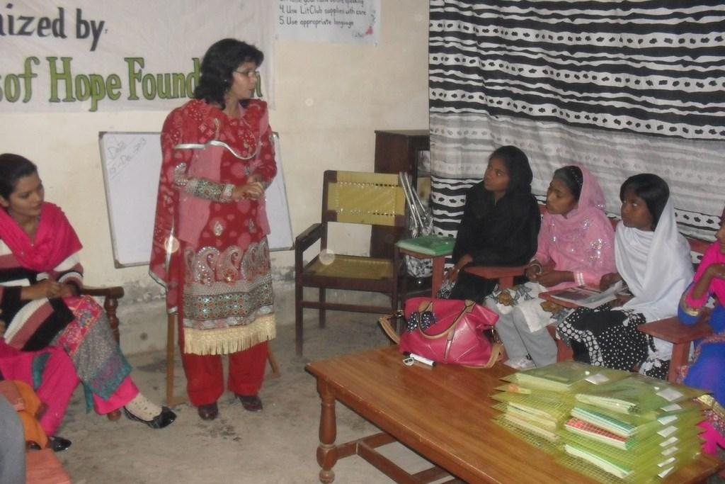 A Guest Speaker Visits the Pakistan LitClub