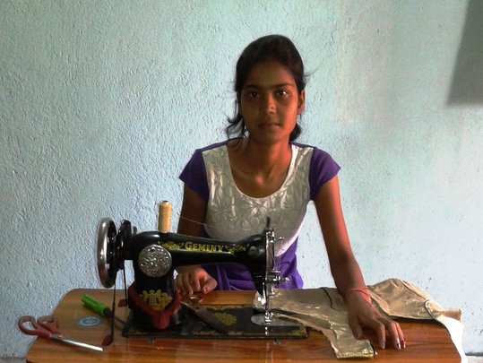 Help-Indian child worker not to work,but to school