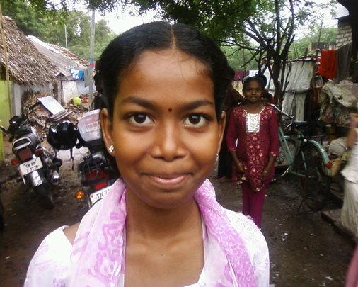 Send school 500 Sri Lankan Tamil refugees children