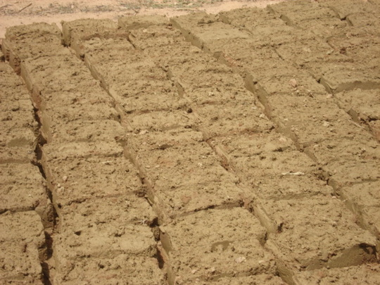 Mud blocks as a result of access to water