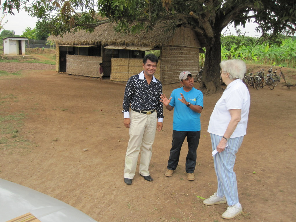 Dr. Hendrie & Elephant speak with the local man in charge.