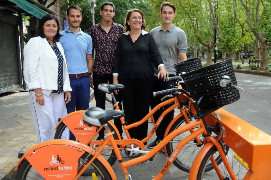 Rosario en Bici, El Desafio and city major Fein