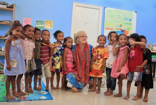 NZ Ambassador visits with students