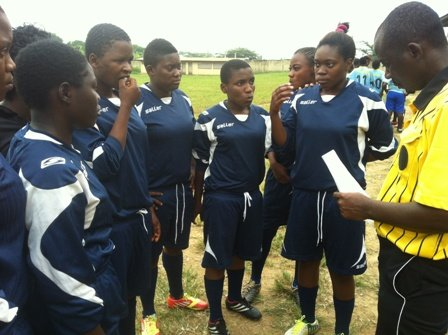 """Pre-game discussion and """"quiz"""" by referee"""