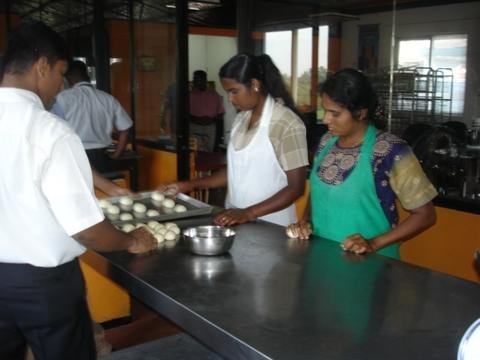 Panera Bakeries: Livelihoods for Sri Lankan Women
