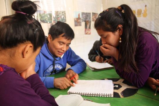 Math tutor Santos explaining a math problem